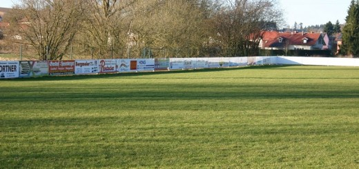 Bandenwerbung Sportplatz Haarbach